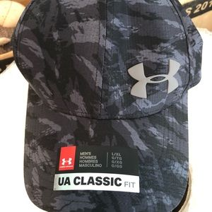 Under Armour Black and Grey Camo Hat L/XL